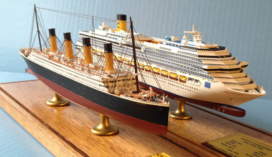 Titanic and Costa Concordia ship models by ScherbakPicture